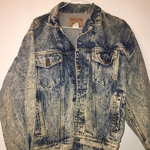 gap light wash denim jacket hand painted back